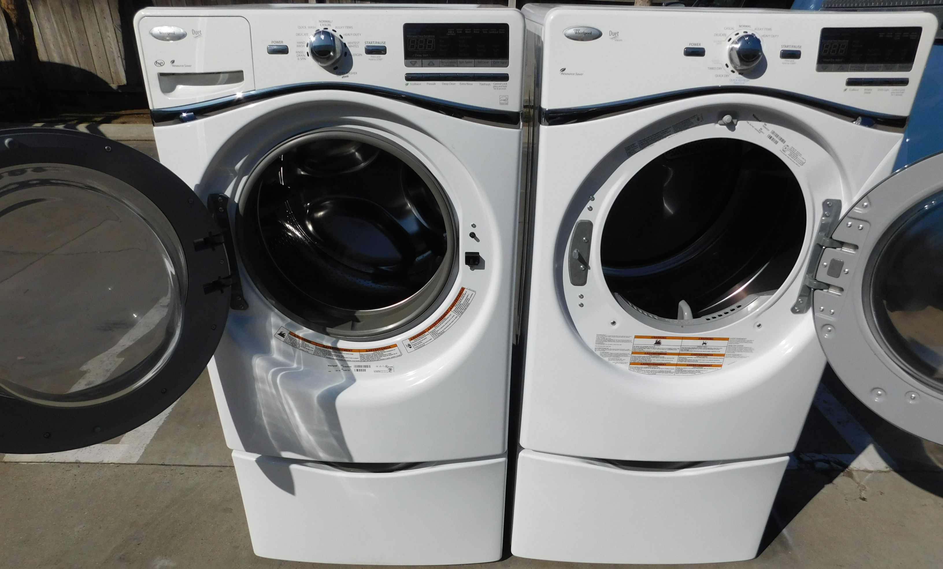 Front Load Whirlpool Washer And Gas Dryer Set A 82